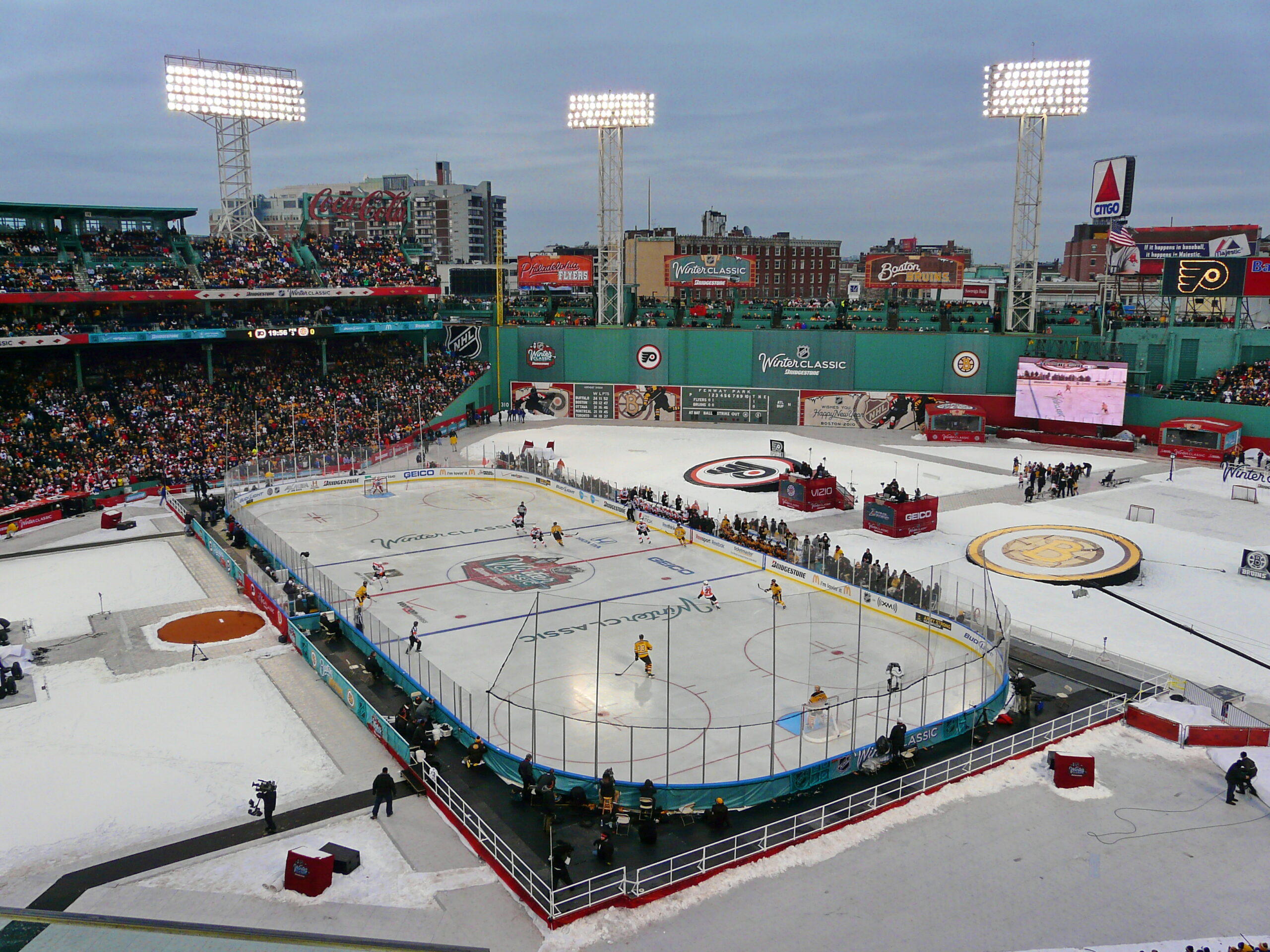 The 2010 NHL Winter Classic was at Fenway Park. Final score