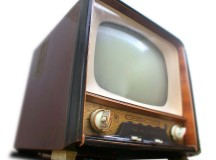 Televisions have come along way since 1957, so have the ads; and the ads during the Super Bowl are some of the best! Image: Takkk