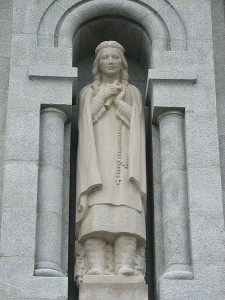Statue of Kateri Tekakwitha at the Basilica of Sainte-Anne-de-Beaupré. Image: LovesMacs