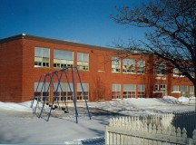 École Sunny Brae is a school with French immersion in Moncton, New Brunswick. Image: J. J. F. Nau.