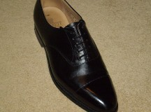 A man's dress shoe