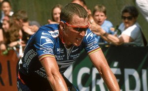 Lance Armstrong cycling. Image: de:Benutzer:Hase