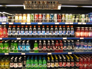 Soft drinks at a supermarket. Image: Marlith.